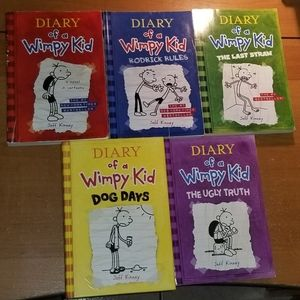 $15/5 Diary of a Wimpy Kid 1-5 Book